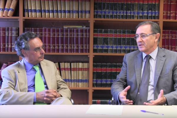 Los directores del máster, Dr. Javier Elola y Dr. Vicente Bertomeu